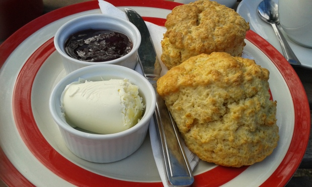 Cream tea calories and fat